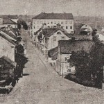 År 1871-74 låg Kalmar nation på Drottninggatan (första huset till höger). Foto: Wikimedia Commons